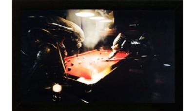 Картина №7: Чужой и Хищник играют в бильярд