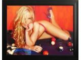 Картина №9: девушка блондинка на бильярдном столе